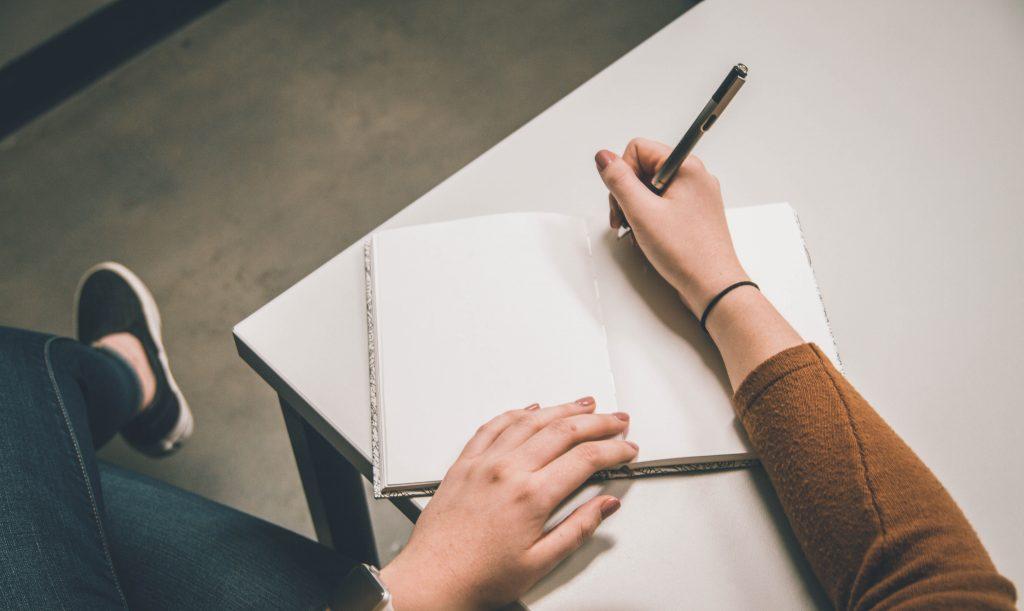 12 dispositivi letterari non comuni per dare alla tua scrittura uno stile irresistibile