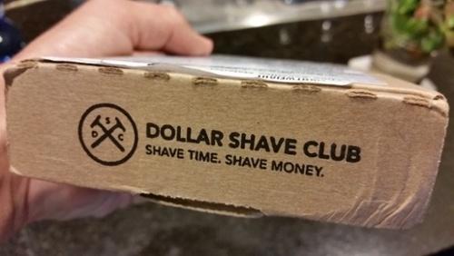 "Dollar-Shave-Club-Slogan.jpg ""width ="" 500 ""title ="" Dollar-Shave-Club-Slogan.jpg ""caption ="" false ""data-constrained ="" true ""style ="" width: 500px; ""srcset = ""https://blog.hubspot.com/hs-fs/hubfs/Dollar-Shave-Club-Slogan.jpg?t=1536141269374&width=250&name=Dollar-Shave-Club-Slogan.jpg 250w, https: // blog. hubspot.com/hs-fs/hubfs/Dollar-Shave-Club-Slogan.jpg?t=1536141269374&width=500&name=Dollar-Shave-Club-Slogan.jpg 500w, https://blog.hubspot.com/hs-fs /hubfs/Dollar-Shave-Club-Slogan.jpg?t=1536141269374&width=750&name=Dollar-Shave-Club-Slogan.jpg 750w, https://blog.hubspot.com/hs-fs/hubfs/Dollar-Shave- Club-Slogan.jpg? T = 1536141269374 & width = 1000 & name = Dollar-Shave-Club-Slogan.jpg 1000w, https://blog.hubspot.com/hs-fs/hubfs/Dollar-Shave-Club-Slogan.jpg?t = 1536141269374 & width = 1250 & name = Dollar-Shave-Club-Slogan.jpg 1250w, https://blog.hubspot.com/hs-fs/hubfs/Dollar-Shave-Club-Slogan.jpg?t=1536141269374&width=1500&name=Dollar- Shave-Club-Slogan.jpg 1500w ""sizes ="" (larghezza massima: 500px) 100vw, 500px"