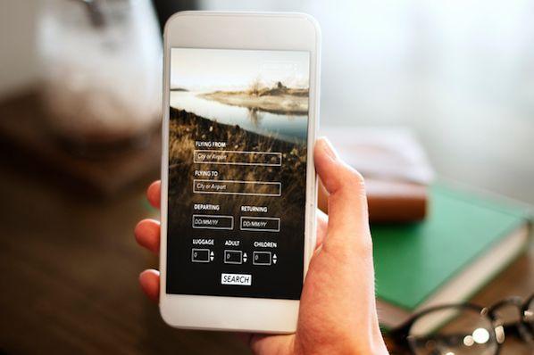 19 dei migliori esempi di progettazione di siti web mobili for Siti mobili design