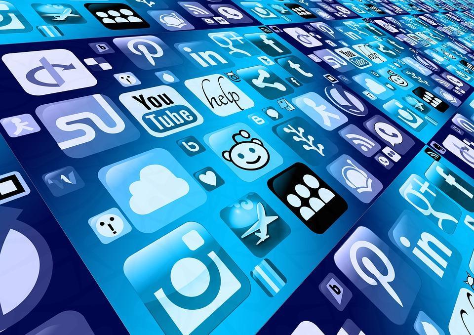 10 modi per migliorare la sicurezza dei tuoi account di social media