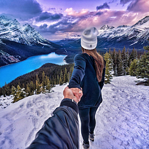 "FollowMeTo account Instagram che mostra neve sulle montagne ""width ="" 292 ""style ="" width: 292px; ""srcset ="" https://blog.hubspot.com/hs-fs/hubfs/follow-me-to-instagram-3. png? width = 146 & name = follow-me-to-instagram-3.png 146w, https://blog.hubspot.com/hs-fs/hubfs/follow-me-to-instagram-3.png?width=292&name = follow-me-to-instagram-3.png 292w, https://blog.hubspot.com/hs-fs/hubfs/follow-me-to-instagram-3.png?width=438&name=follow-me- to-instagram-3.png 438w, https://blog.hubspot.com/hs-fs/hubfs/follow-me-to-instagram-3.png?width=584&name=follow-me-to-instagram-3 .png 584w, https://blog.hubspot.com/hs-fs/hubfs/follow-me-to-instagram-3.png?width=730&name=follow-me-to-instagram-3.png 730w, https : //blog.hubspot.com/hs-fs/hubfs/follow-me-to-instagram-3.png? width = 876 & name = follow-me-to-instagram-3.png 876w ""sizes ="" (max. larghezza: 292px) 100vw, 292px"
