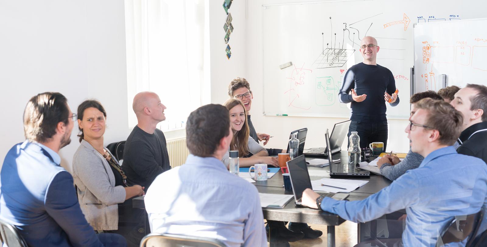 5 Perché il team di sviluppo dedicato all'assunzione viene retribuito per il 95% delle startup IT