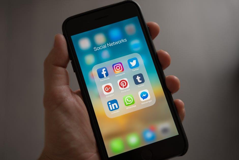 Messaggi privati sono il nuovo social network