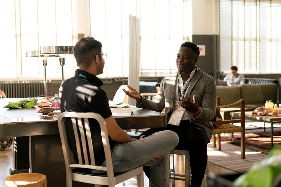 4 modi per formare velocemente nuovi membri del team di marketing