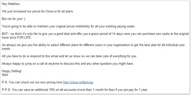 e-mail al cliente su un aumento di prezzo in sospeso.