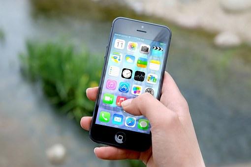 La ricerca rivela che gli smartphone incoraggiano il bullismo