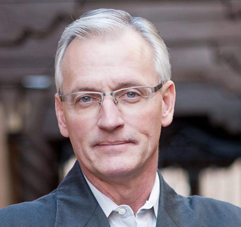 Anthony Helmstetter, stratega