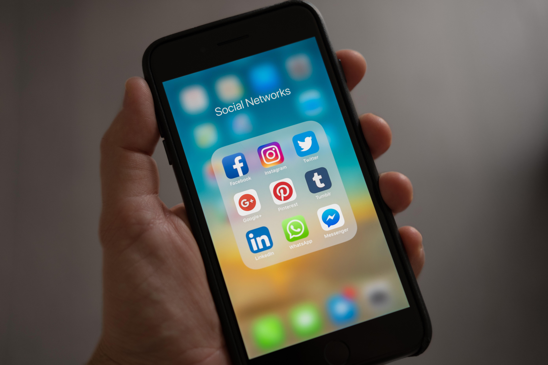 Utilizzo dei social media per la generazione di piombo nell'assicurazione sanitaria