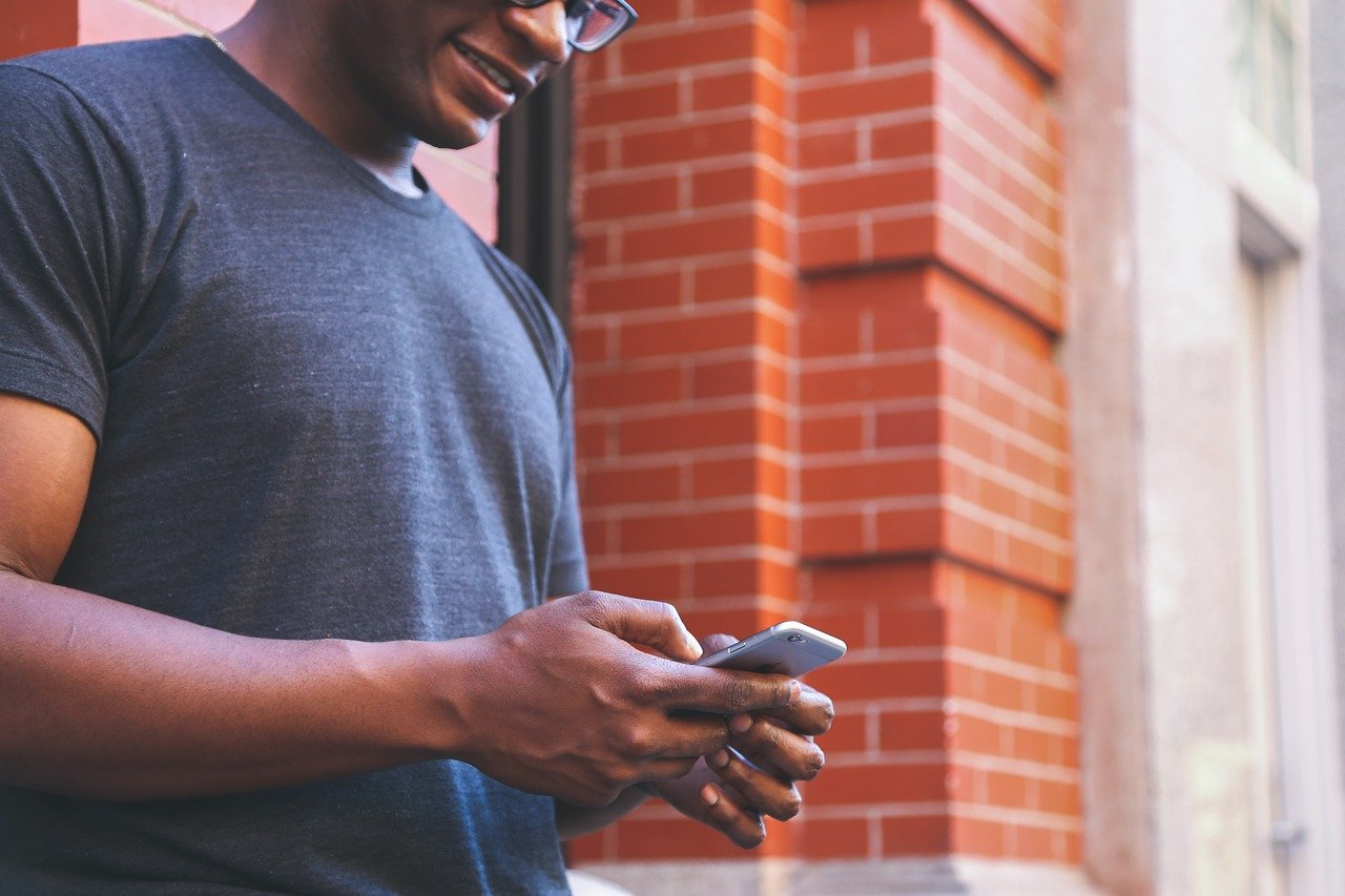 Il potere dei social media: come connettersi con i propri clienti